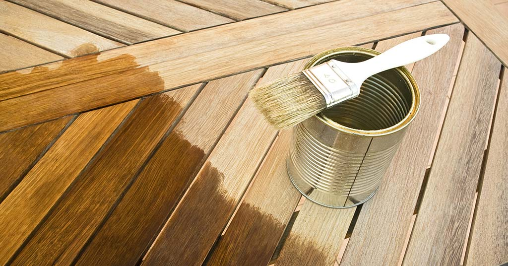 How to Treat Wood Furniture For Outdoor Use?