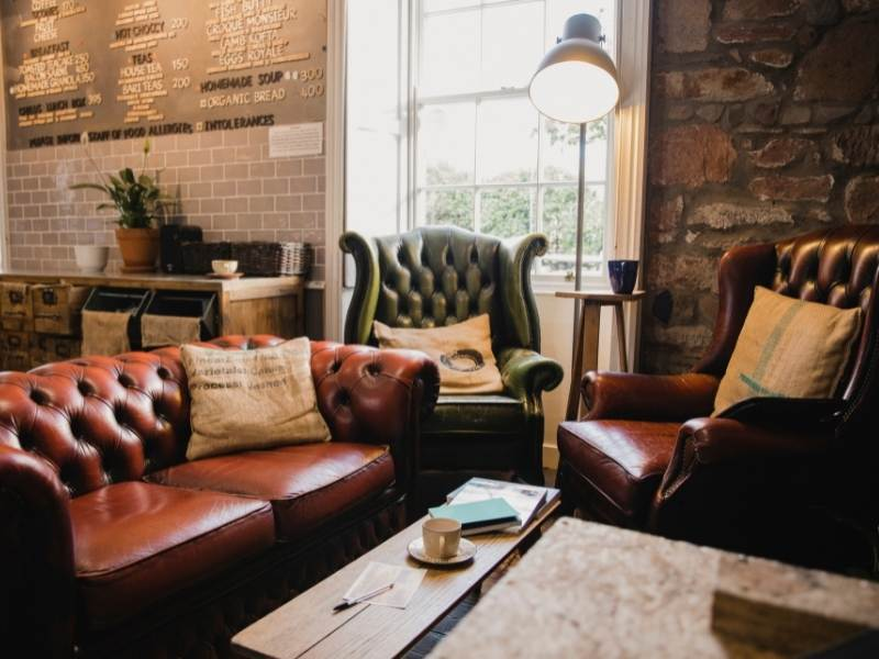 Are Leather Sofas Out of Fashion?