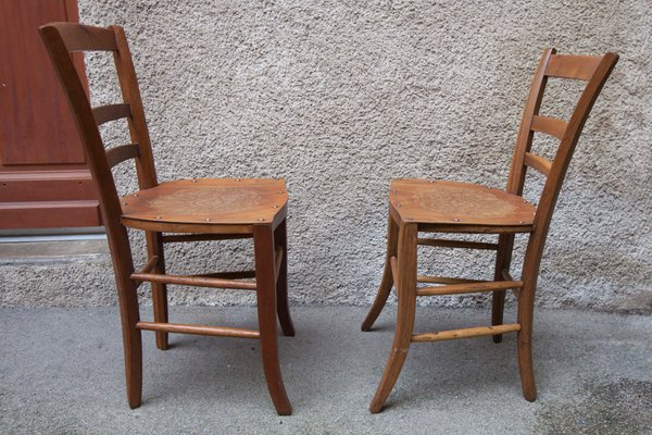 Why Are Wooden Chairs So Uncomfortable?