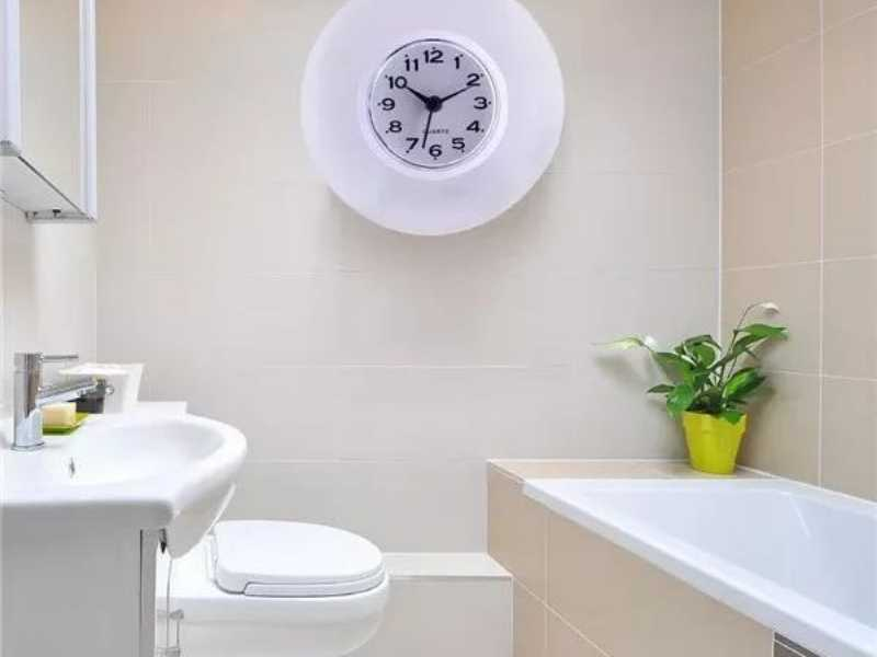 Can You Put a Wall Clock in a Bathroom?
