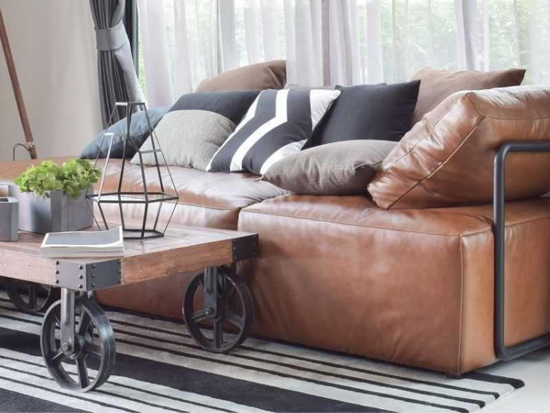 Does Leather Sofa Make You Sweat?