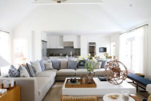How to Arrange Sectional Sofa in Small Living Room?