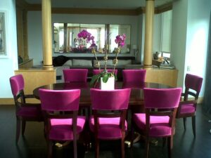 How to Clean Fabric Dining Room Chairs